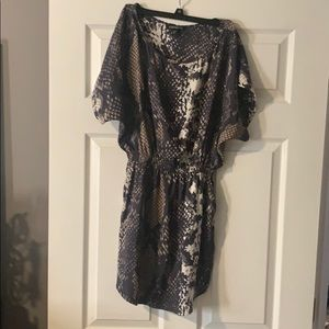 Express snakeskin short sleeve pocket dress